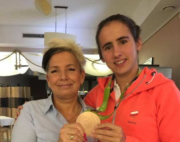 Maria Sajdak - Wioślarstwo, Brązowa medalistka olimpijska z Rio de Janeiro, mistrzyni świata i srebrna medalistka mistrzostw świata.